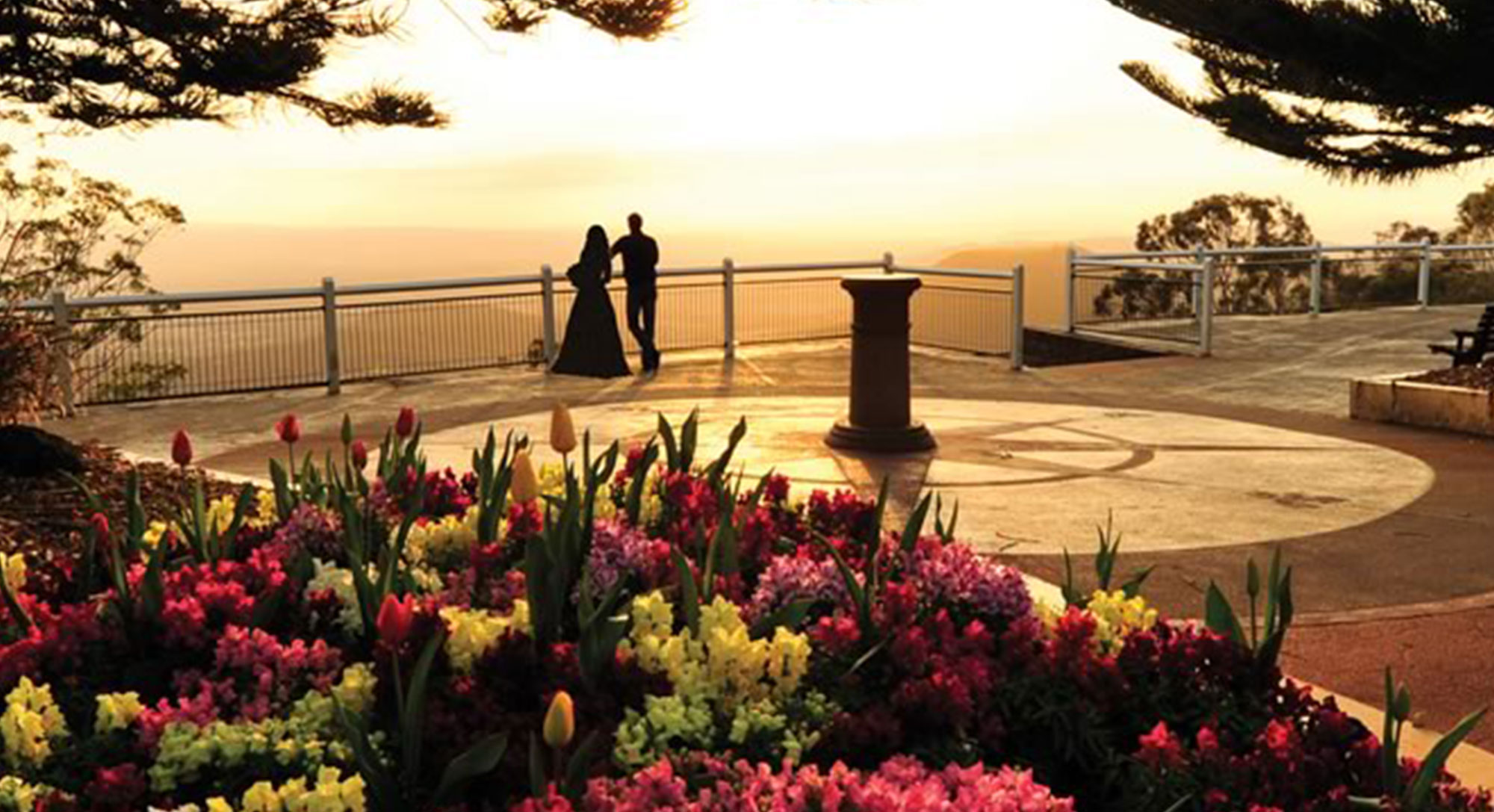 A unique setting with superb views to forever, Picnic Point is the ultimate venue.